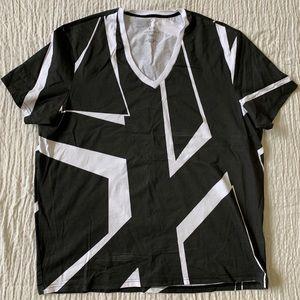 XXL Armani Exchange Geographic V-Neck T-Shirt